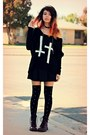 Crimson-lace-up-target-boots-black-cross-inlovewithfashion-sweater