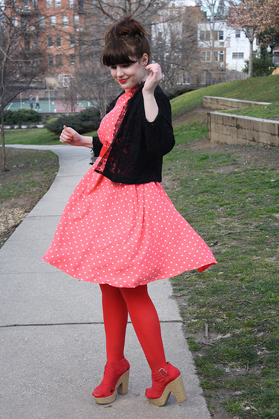 bubble gum polka dot dress - red tights - red H&M purse - red sandals