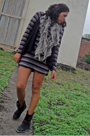 Tienda local boots - diy kezava dress - Old Navy suit