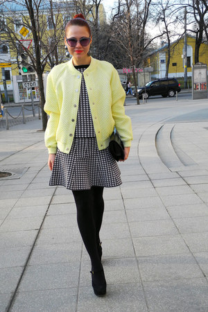 light yellow Love Republic jacket - black Topshop heels