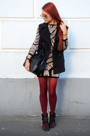 black Topshop boots - black H&M vest