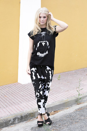 Zara pants - River Island t-shirt