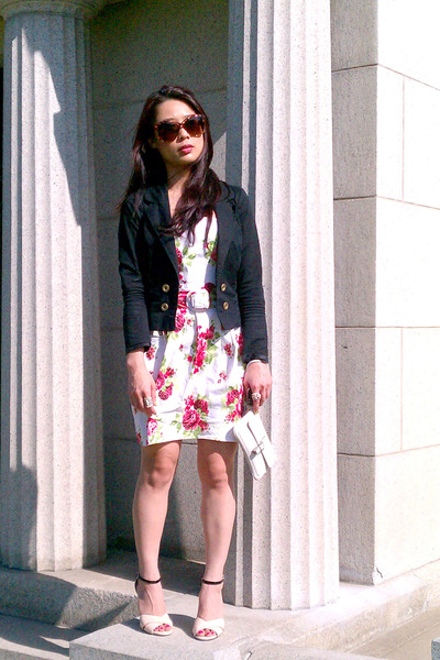 red roses dress - black H&amp;M jacket - eggshell Vince Camuto heels