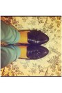 Black-loafers-bronx-flats