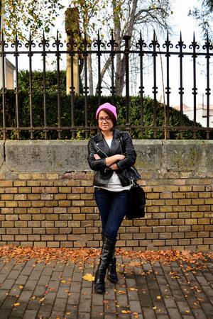 black Benvenuti boots - blue skinny jeans H&M jeans