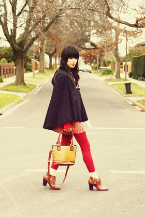 chicwishcom bag - pocket boots Urban Outfitters boots - vintage dress