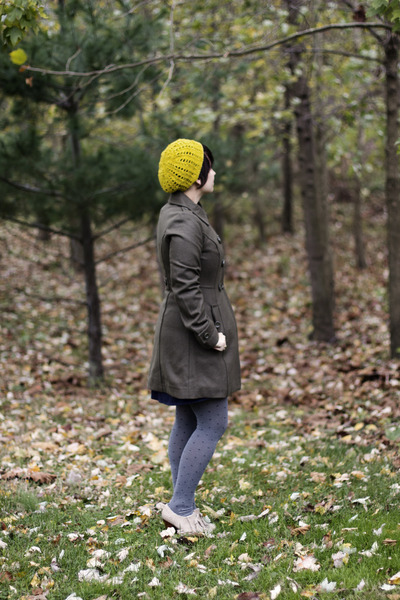 yellow knit beret handmade hat - navy Dear Creatures dress