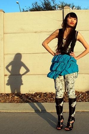 Secondhand skirt - Secondhand pants - top - michael antonio shoes