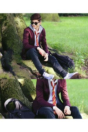 white H&amp;M shirt - dark gray Zara jeans - maroon Zara blazer