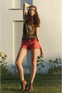 Coral-3suisses-shorts-black-fringed-h-m-t-shirt-yellow-band-tee-t-shirt