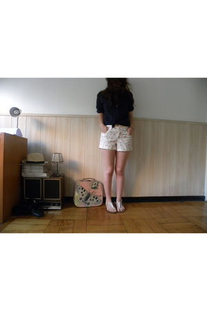 blue my moms blouse - white Opposite shorts - white Dom shoes