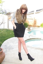 white H&M shirt - black Forever 21 skirt - brown H&M accessories - black H&M sho
