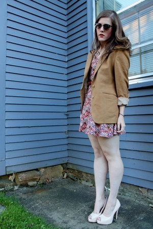 ruby red floral H&amp;M dress - camel thrifted blazer - peach thrifted heels