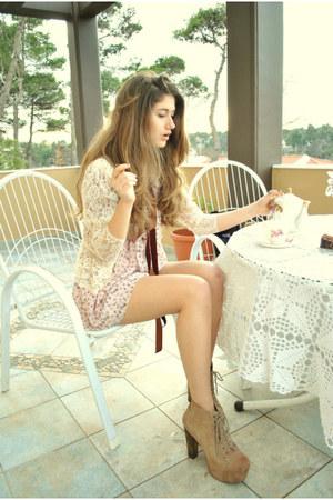 light pink ARAFEEL dress - white lace vintage jacket - tan Jeffrey Campbell heel