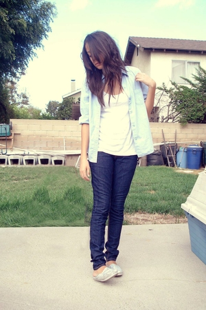 Goodwill shirt - Forever21 jeans - TOMS shoes