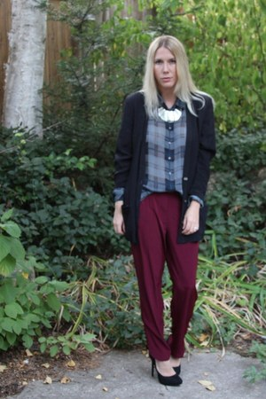 magenta tapered pants River Island pants - navy thrifted top