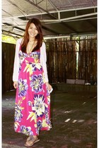 off white knitted cardigan - pink flowered maxi dress - light purple sandals