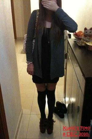 silver cotton on cardigan - black cotton on vest - charcoal gray Uniqlo socks -