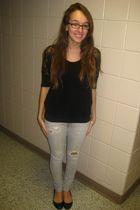 black Forever 21 shirt - gray Forever 21 jeans - black Steve Madden shoes