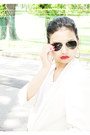 White-blazer-topshop-jacket-aviators-ray-ban-sunglasses