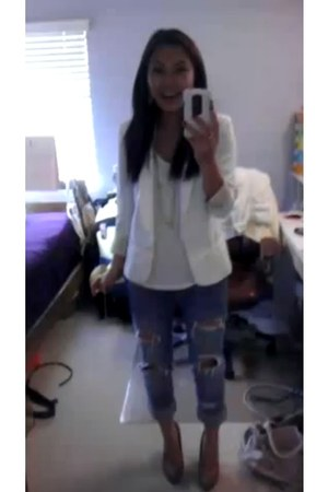 ripped denim American Eagle jeans - ovi blazer - Old Navy top