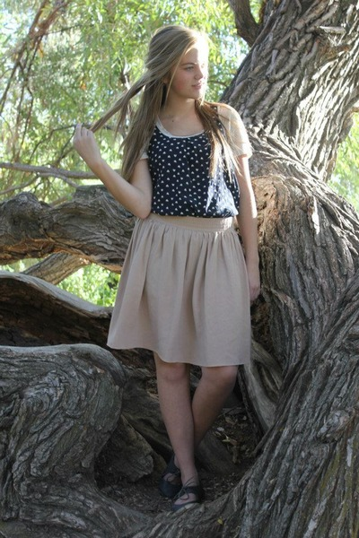 neutral thrifted skirt - gray Forever young shoes - eggshell Old Navy shirt