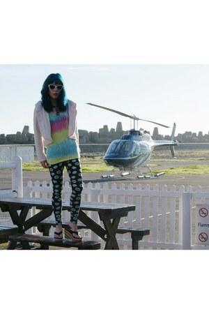 rainbow tie dye gladnews shirt - aquamarine cat eye Dolce & Gabbana sunglasses