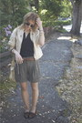 Brown-loafers-vintage-shoes-off-white-light-weight-river-island-jacket-heath
