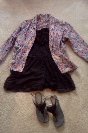 floral print blazer - blacklace Forever21 romper - sandals