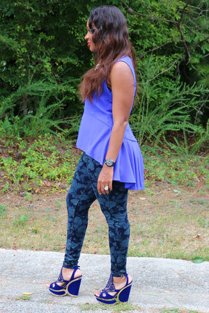 cobalt blue sears top - floral print Dillards jeans - mall wedges