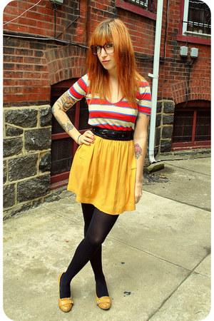 red striped v-neck BDG shirt - black braided Forever 21 belt - mustard pleated C