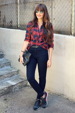 asos jeans - Zara blouse - nike sneakers