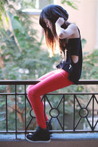 black Tobi top - red Zara pants