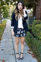 Forever 21 blazer - printed cotton on shorts - Urban Outfitters t-shirt