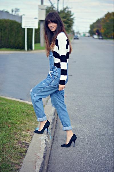 black Ardene sweater
