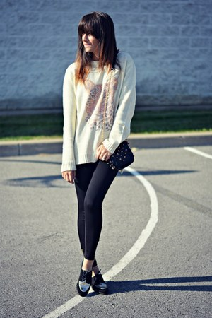 beige Ardene sweater - black lace up oxfords Mus&Roew flats
