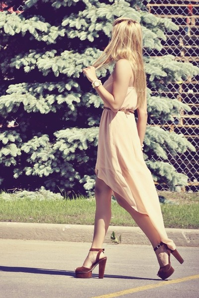 neutral high low Sheinside dress - tawny GoJane sandals