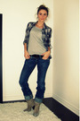 Zara-shirt-gray-h-m-t-shirt-blue-diesel-jeans-beige-aldo-boots-black-die