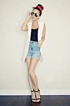white sleeveless Sheinside blazer
