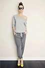Charcoal-gray-silk-aritzia-pants-yellow-gojane-heels