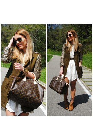 La Santa Laredo jacket - Louis Vuitton bag - animaux design bracelet