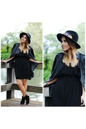 Fiorella hat - Choies dress - good works bracelet