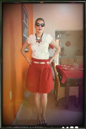 Pilcro t-shirt - kensie skirt - Diesel heels