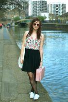 Secondhand blouse - vintage skirt - Primark shoes