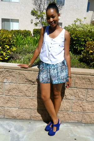 ivory Forever 21 shirt - sky blue Forever 21 shorts - white Forever 21 earrings