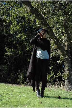 Rick Owens sweater - Uniqlo t-shirt - Cheap Monday jeans - Stella McCartney shoe
