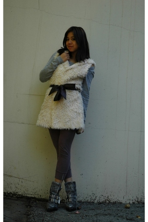 beige f21 vest - gray Alexander Wang boots - gray Uniqlo sweater - silver Me & R