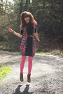 Blue-floral-dress-camel-boots-hot-pink-tights