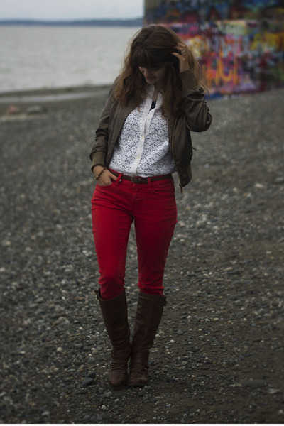 red pants - brown boots - ivory lace shirt - navy polka dot shirt