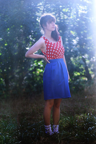 red polka dot dress - dark gray polka dot socks - blue skirt
